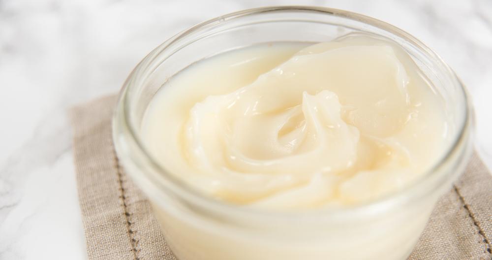 Crema pastelera con media crema Lala